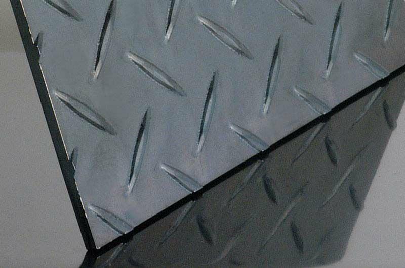 SPHC 黒皮 縞板(鉄板)